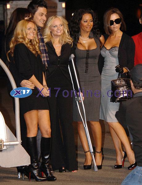 Victoria Beckham SPICEGIR121207_012.jpg