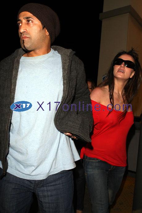 Britney Spears BSPEARSADNAN122307_pixx.jpg