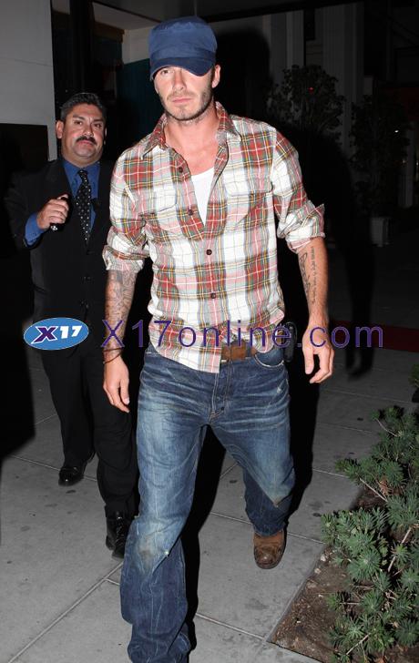 David Beckham DBECKHAM102407_03.jpg
