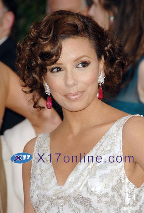Angelina Jolie ELONGORIA012708_01.jpg