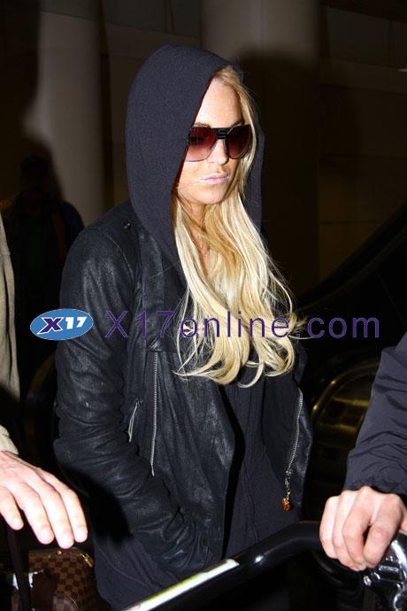 Lindsay Lohan LLOHANBACK0105_20.jpg