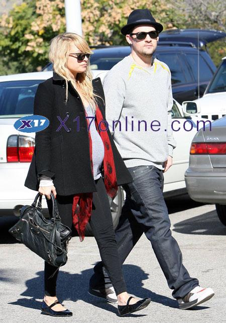 Christina Aguilera NicoleRPlanningPregnancy.jpg