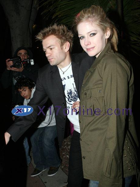 Avril Lavigne ALAVIGNE020708_02.jpg