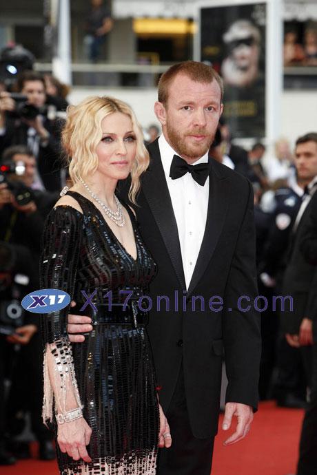 Madonna052208_20_X17.jpg