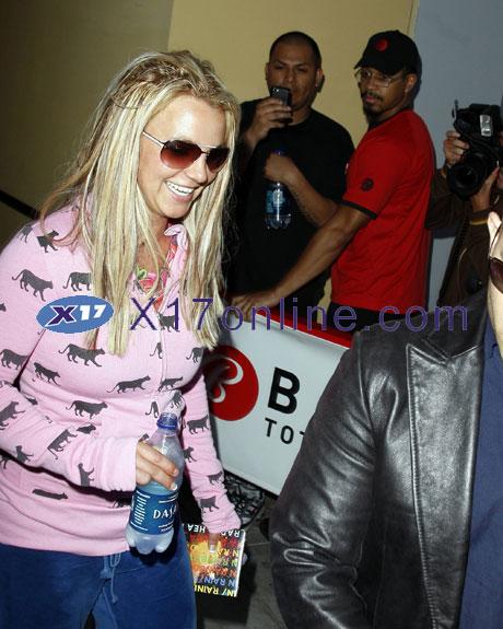 Britney Spears bspearsradiohead.jpg