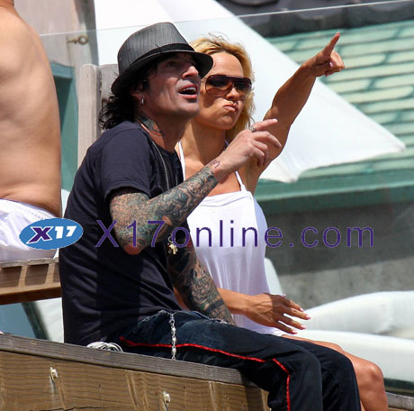 Pamela Anderson PAndersonLee52608_together.jpg