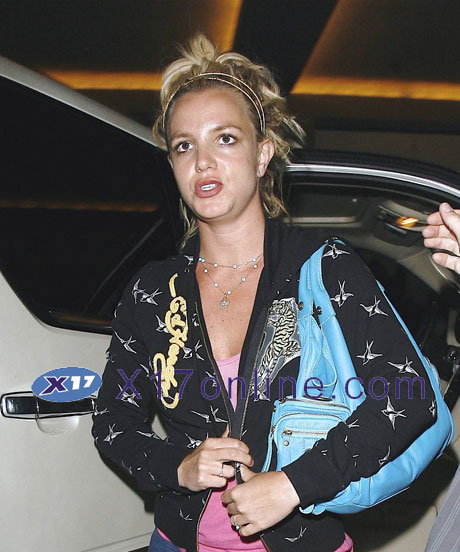 Britney Spears BSpearsStudio0723_02_X17.jpg