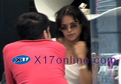 Michelle Rodriguez MRodriguez072908_01_X17.jpg