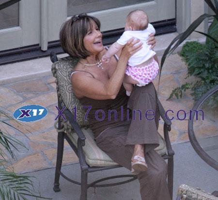 Britney Spears Maddie091108_08_X17.jpg