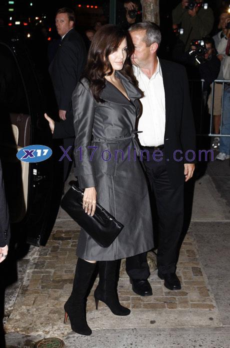 Angelina Jolie AJolie100308_11.jpg