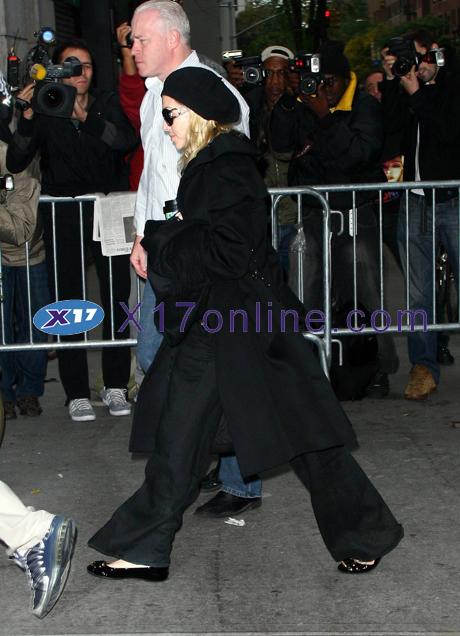 Madonna MadonnaKids102508_4.jpg