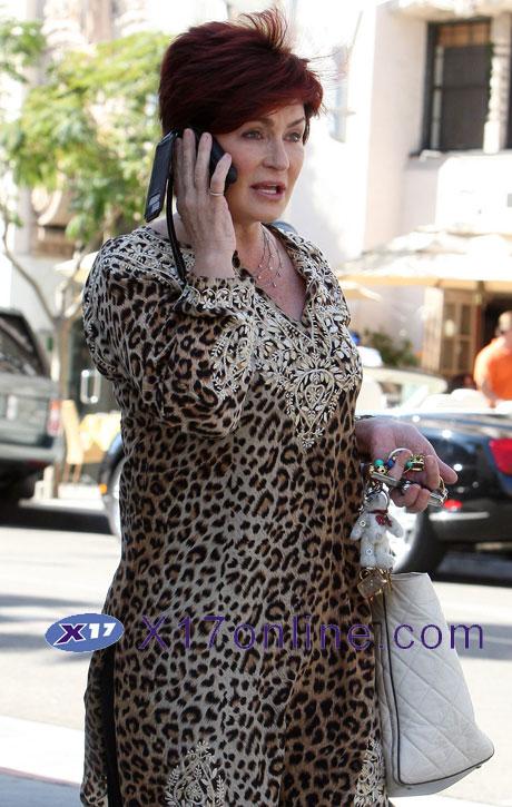 Sharon Osbourne sosbourne102308_02_X17.jpg
