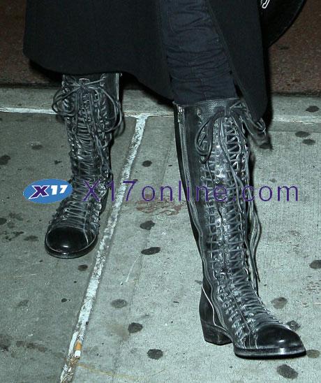 Nicole Kidman NKidman112308_02_X17.jpg
