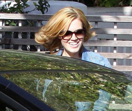 Mandy Moore Mandy Moore mmoore032609_02-full.jpg