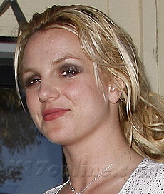 britneyspearsnewsingle02181.jpg