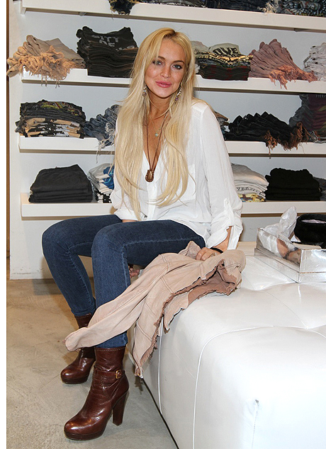 Singer 22 J-Brand fashion Lindsay Lohan shopping White Horse WildFox New York style