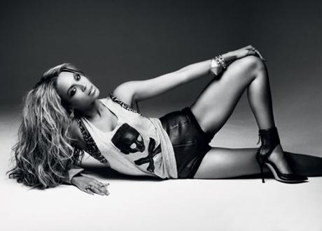 Beyonce-Comple460laydown.jpg