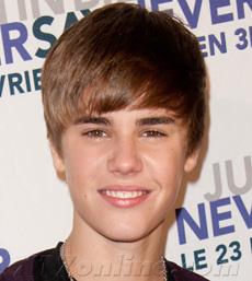 BieberTwitterShowHearts230.jpg