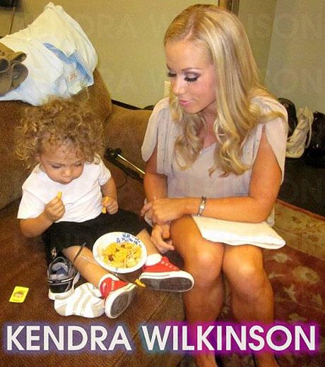 KendraWilkinsonBabyHank072511.jpg