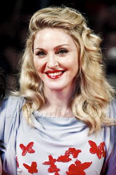 MadonnaSuperBowl230.jpg