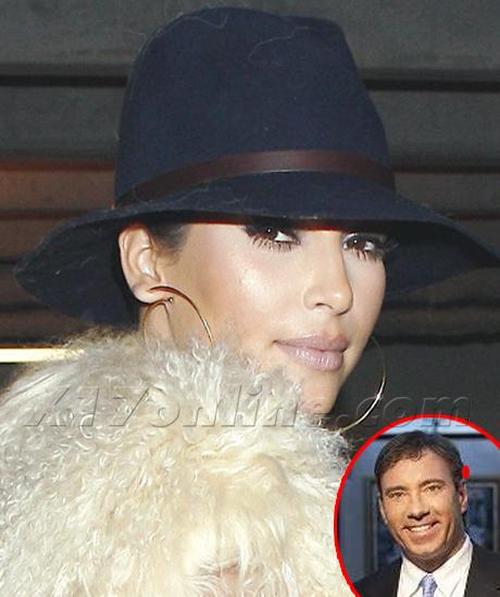kkardashian102611_02_X17460newpost.jpg