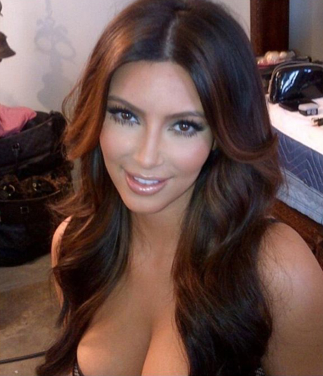 kim-k-boobs-hair.jpg