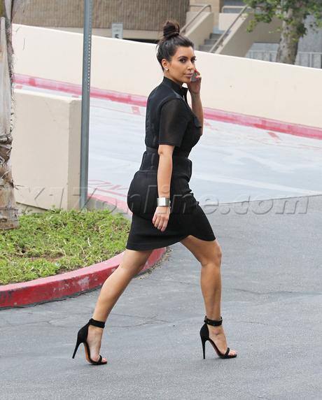 kardashian061312_04-full.jpg
