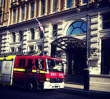 rihannafire2pic.jpg
