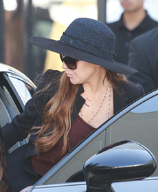 lohan-accident-230.jpg