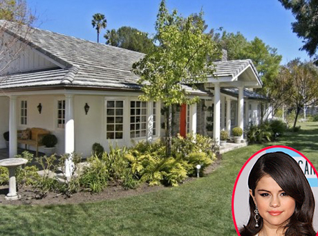selena-gomez-new-house.jpg