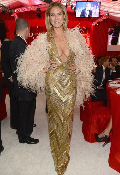 heidi-klum-gold-dress-2-460.jpg