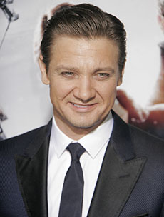 jeremy-renner-birth-230.jpg