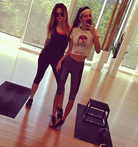 kendall-khloe-gym-skinny-1.jpg