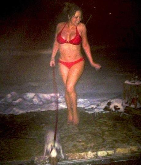 mariah-bikini-2.jpg