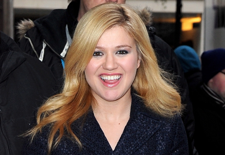 kelly-clarkson-birth-news.jpg