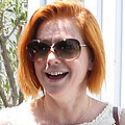 Alyson Hannigan Hangs Out With The Family