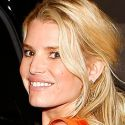 Report: Jessica Simpson Becoming Diet Freak, Wants To Weigh 93 Pounds