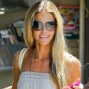 Denise Richards Treats Her Daughters To A Shopping Spree