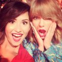 Celebs Nearly Crash Instagram With Selfies At The 2014 MTV Video Music Awards