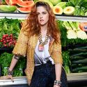 Kristen Stewart Strikes An Awkward Pose In The Vegetable Aisle For The New Issue Of <em>Elle</em>