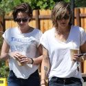 "<em><span class=""exclusive"">EXCLUSIVE PHOTOS</span></em> - Is Kristen Stewart Dating A Girl?"