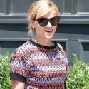 Reese Witherspoon Enjoys Her Afternoon Lunch Date