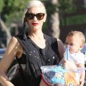 Gwen Stefani And Her Little Ghouls Stock Up On Costumes