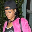 Rihanna Thinks Pink For Dinner At Her Fav Restaurant