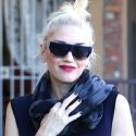 Gwen Stefani Mixes Gym Clothes With Glam Accessories