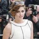 Kristen Stewart Ditches Her Grungy Look And Goes Glam At Chanel Fashion Show