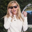 Reese Witherspoon Preps For The People's Choice Awards With Her Preppy Style