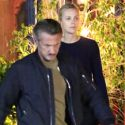 "<em><span class=""exclusive"">EXCLUSIVE PHOTOS</span></em> - Sean Penn And Charlize Theron Enjoy A Lovey Dovey Dinner In Malibu"