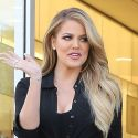 "Khloe Kardashian Slams Jamie Foxx For ""Very Mean"" Jokes About Stepdad Bruce Jenner"