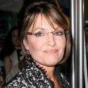 "Sarah Palin Calls Lena Dunham A ""Pedophile"" Amid Josh Duggar Molestation Scandal"